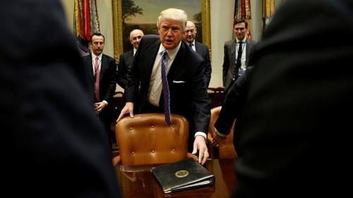 Trump Reduce Regulaciones Ambientales Para Impulsar A Petroleras Y Automotrices