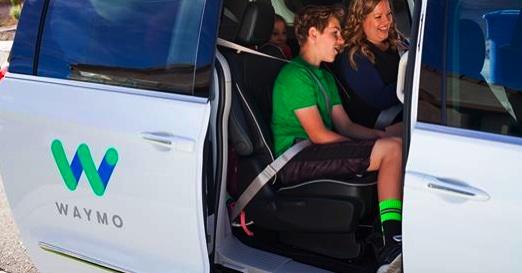Google Y Fiat Comienzan Las Pruebas Públicas Con Vehículos Autónomos