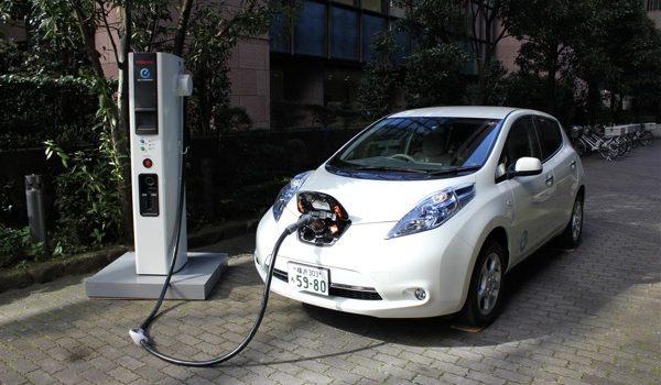 Nissan – El Futuro De La Movilidad: Los Autos Eléctricos Se Ponen Las Pilas