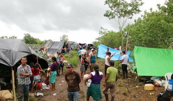 Guatemala, Desplazados Por El Petróleo