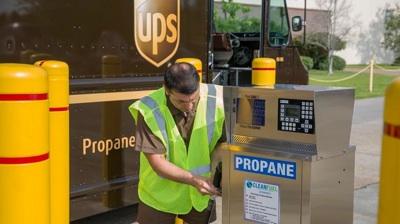 Más Vehículos Alternativos, Combustibles Y Energías Renovables Para 2025 En UPS