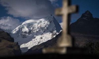 Glaciares De Perú En Vías De Ser Recuerdo