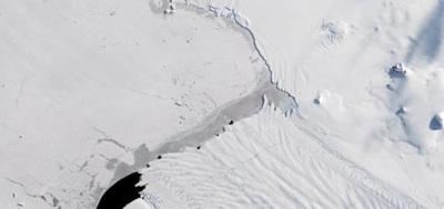 Un Nuevo Iceberg Gigante Se Desprende De La Antártida