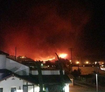 Más De 100.000 Personas Están Sin Electricidad Por Un Gran Incendio En California