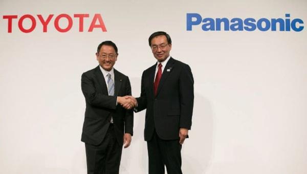Toyota Y Panasonic Estudiarán El Desarrollo Conjunto De Baterías Para Vehículos Eléctricos